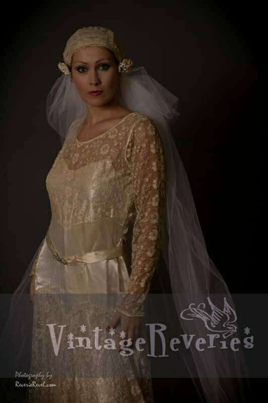 1920s lace wedding dress and tulle veil