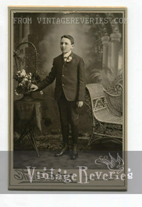 1800s young boy photo