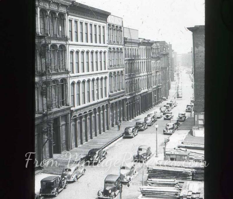 St Louis street scene 1920s