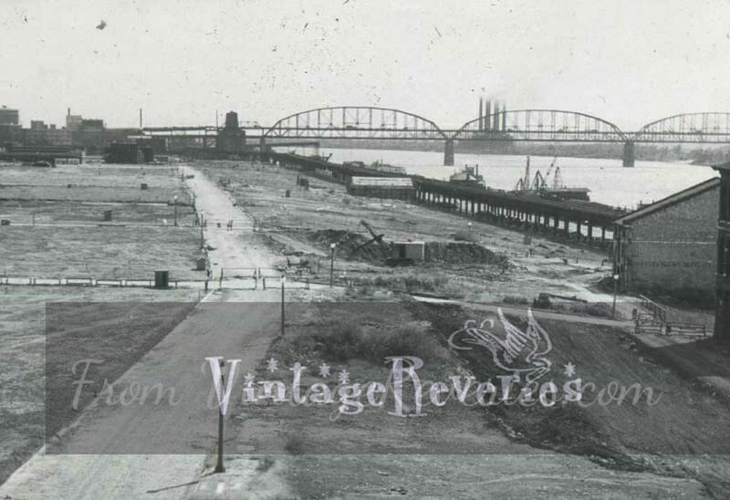 st louis riverfront before the arch