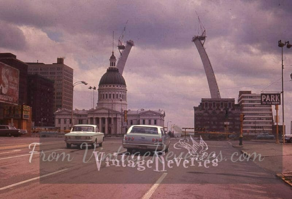construction photos of the gateway arch st louis