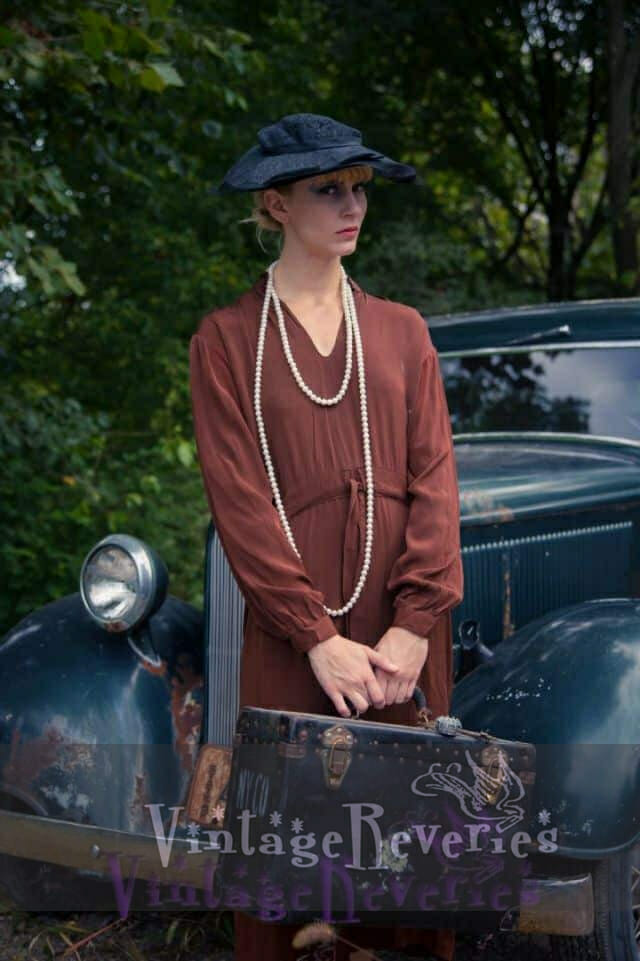 artistic 1930s styling