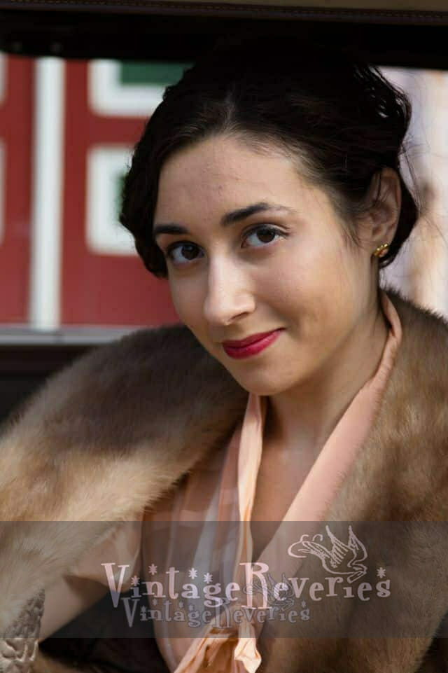 1930s style makeup