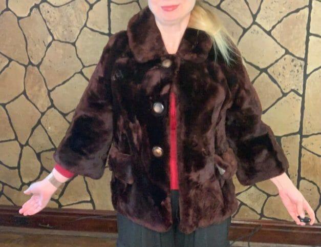 Mouton fur coat - vintage