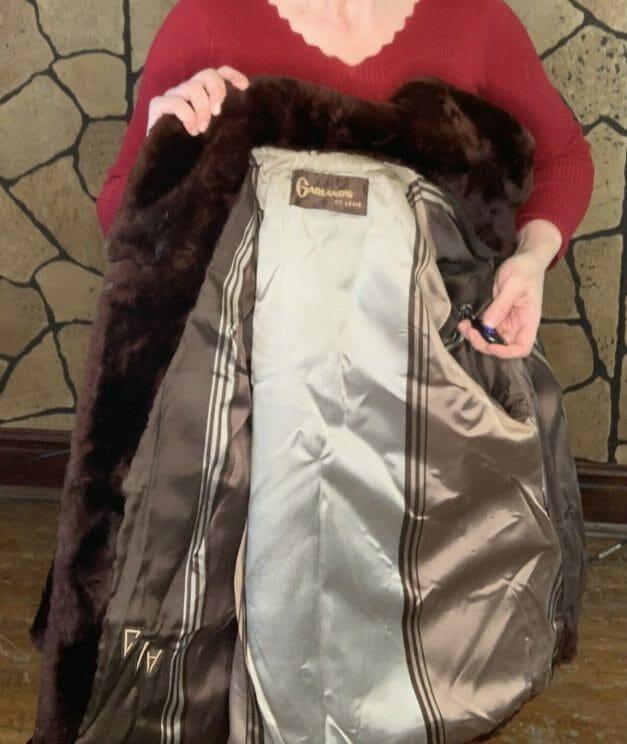 Garland's St. Louis fur coat label