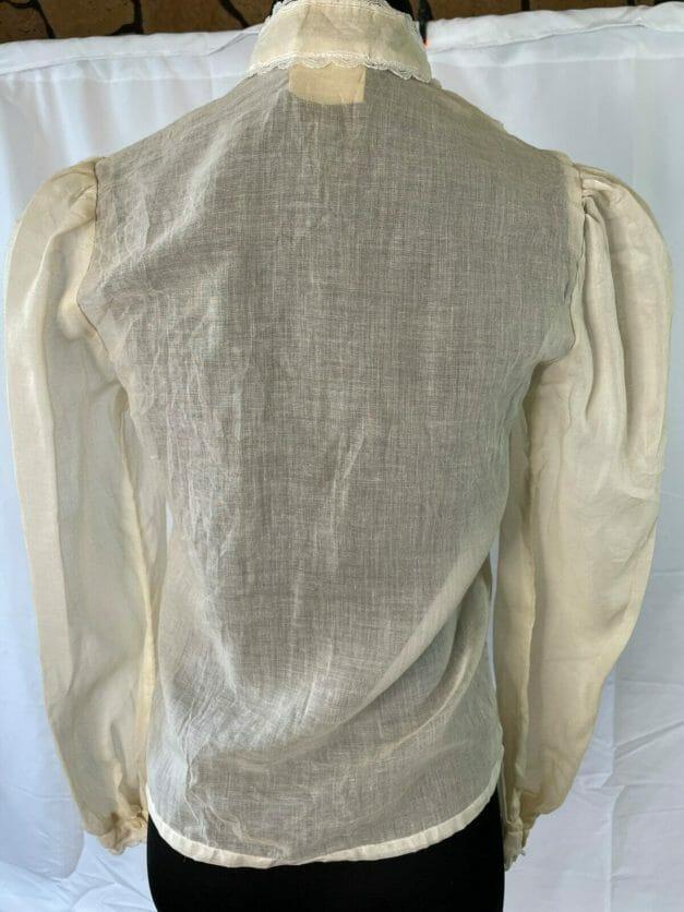 Vintage Jessica's Gunnies shirt