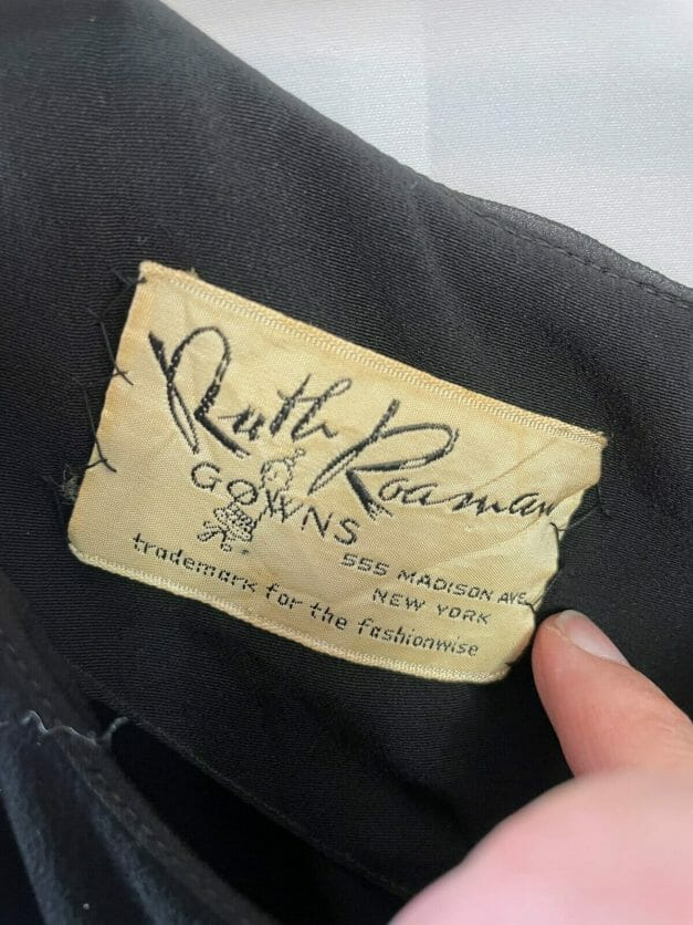 Ruth Roaman Gowns - 555 Madison Ave - trademark for the fashionwise