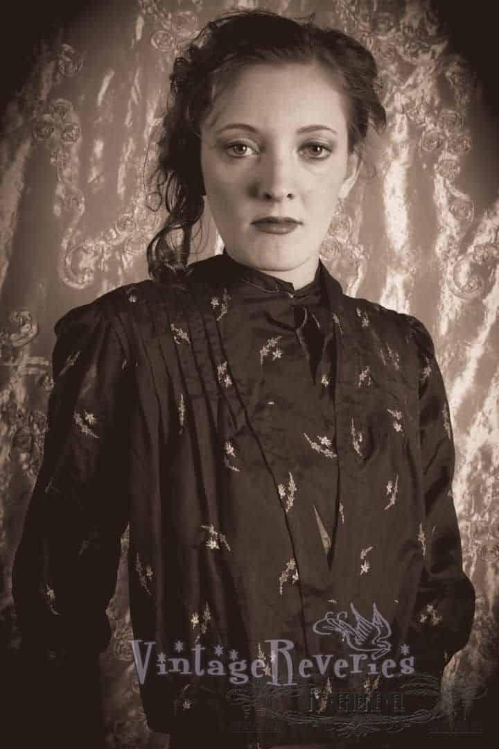 1880s tea gown